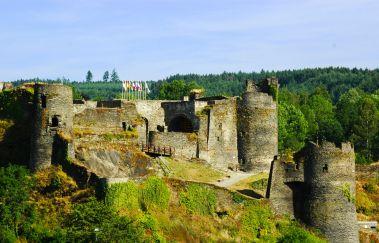 Kasteel van La Roche-Chateaux tot Provincie Luxemburg