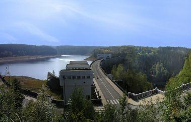 Het meer en de stuwdam van Eupen-Lac tot Provincie Luik
