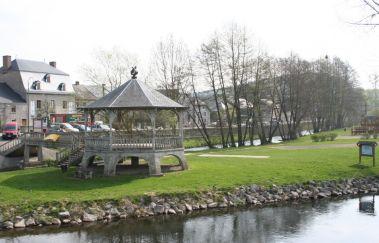 L'Ile de l'Oneux-Plaine de jeux tot Provincie Luxemburg
