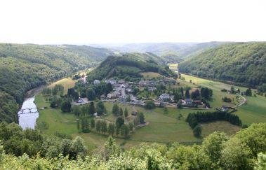 Rochehaut-Ville tot Provincie Luxemburg