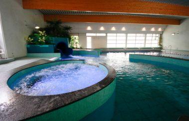 Aqua l'O-Thermes tot Provincie Luxemburg