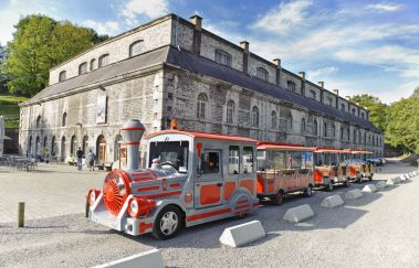 Klein Toeristisch Treintje van de Citadel van Namen-Train touristique tot Provincie Namen