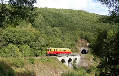 Le Chemin de Fer du Bocq-Train touristique tot Provincie Namen