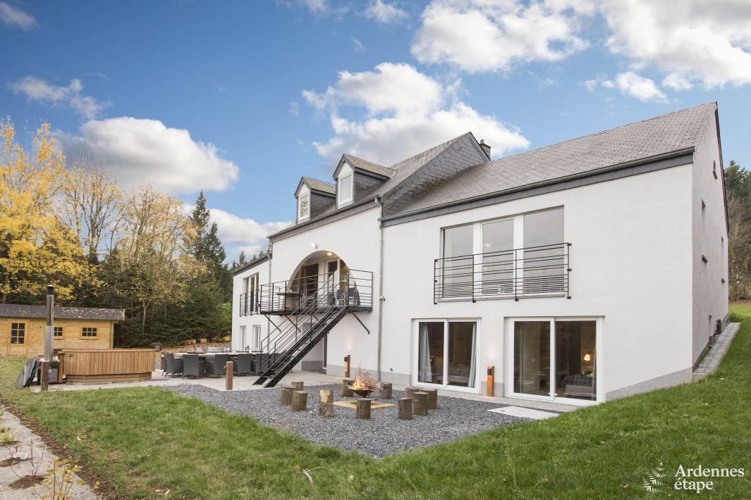 Geweldig vakantiehuis met balkon en jacuzzi te huur in for Vakantiehuis met jacuzzi
