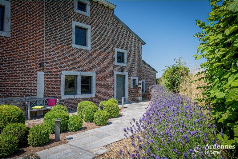 Overdekte Zithoek Tuin : Vakantiehuis met tuin en overdekt terras te huur in thimister clermont